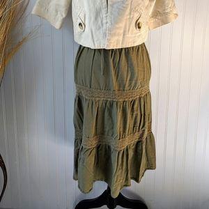 ⬇️3/$20 Faded Glory Green Skirt
